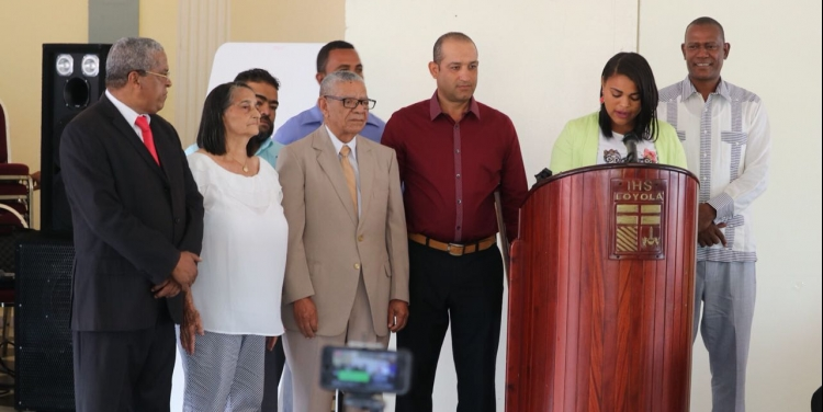 Autoridades municipales reconocen dos legendarios de la frontera