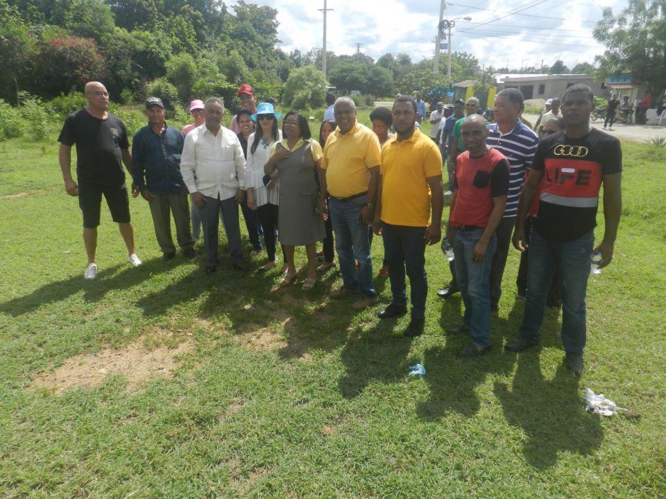 Alcaldía municipal y fundación Refidomsa construirán parque en Dajabón