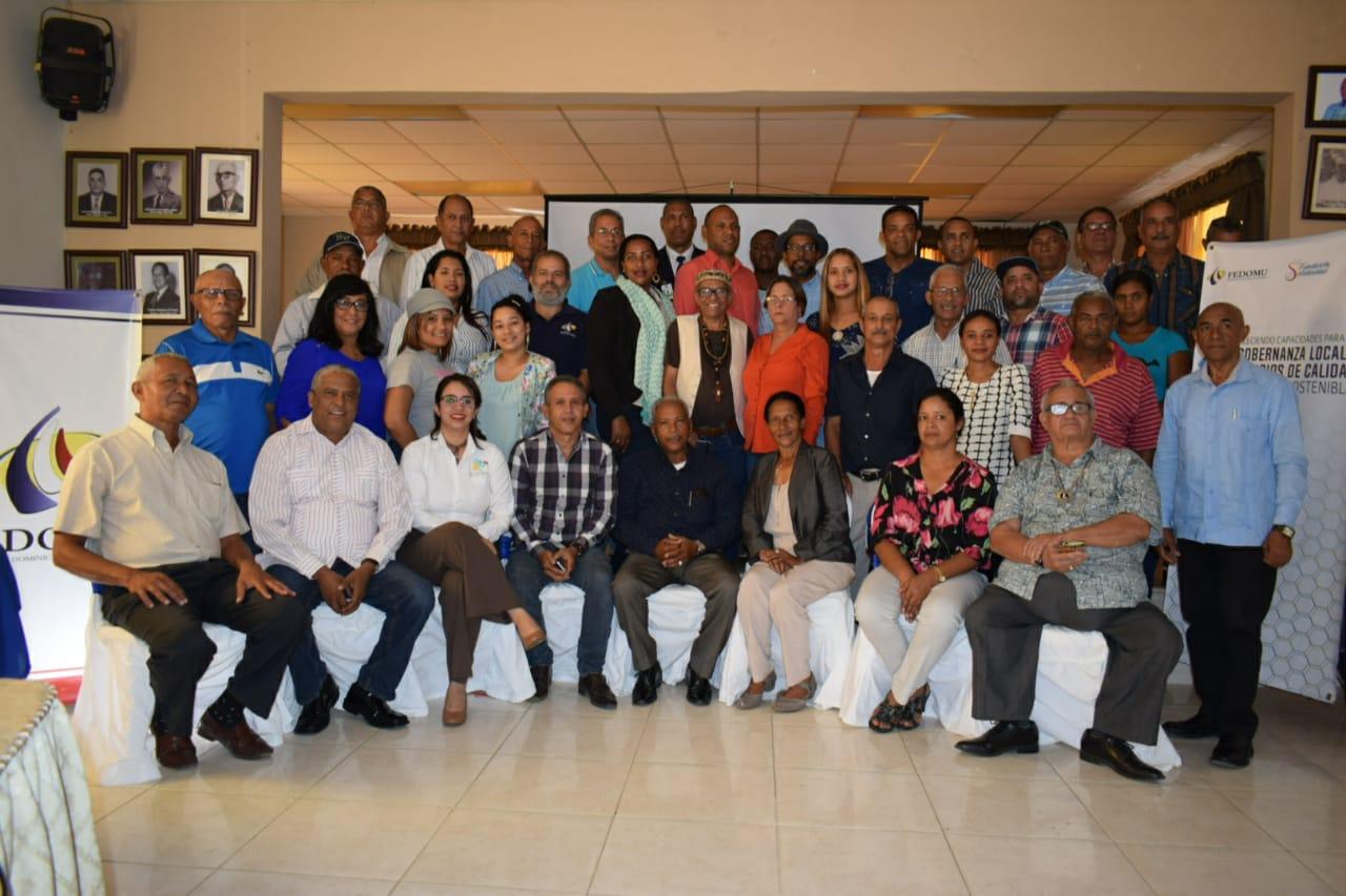 Imparten taller sobre participación de la sociedad civil en el sistema de monitoreo  de la administración pública