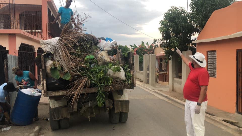 Alcalde municipal de Dajabón informa inconvenientes en unidades recolectoras de desechos sólidos
